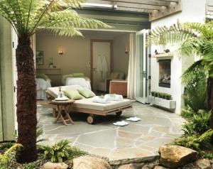 Indoor outdoor treatment room