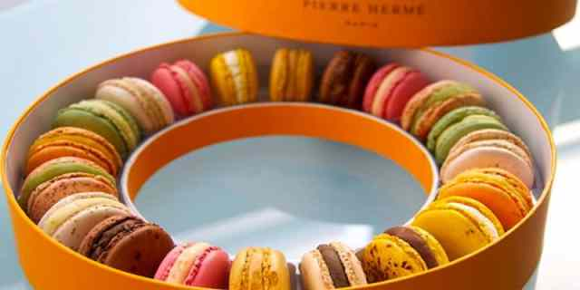 paris-macarons-big